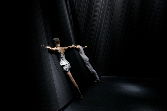 One of the frightening, breathtaking, moments from MEMOIRES D'OUBLIETTES. Photo: Jason Akira Somma.