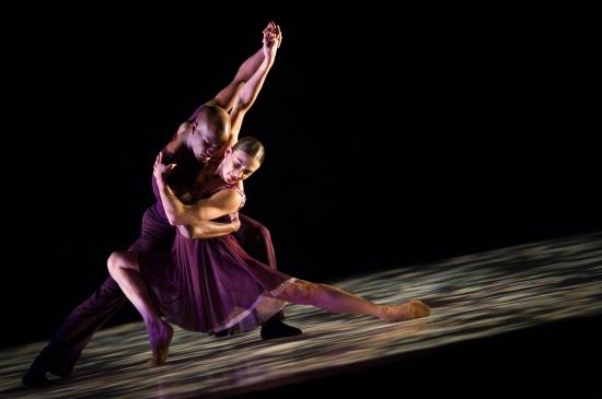 Ballet Hispanico in Eduardo Vilaro's Danzon. Photo: © Paula Lobo.