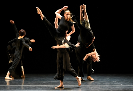 Doug Varone Dancers in LUX, at ADF July 24, 2015. Photo: Grant Halverson.