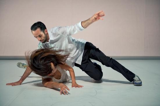 Honji Wang and Sébastien Ramirez have some incredible over and under moves. Photo: Nika Kramer.